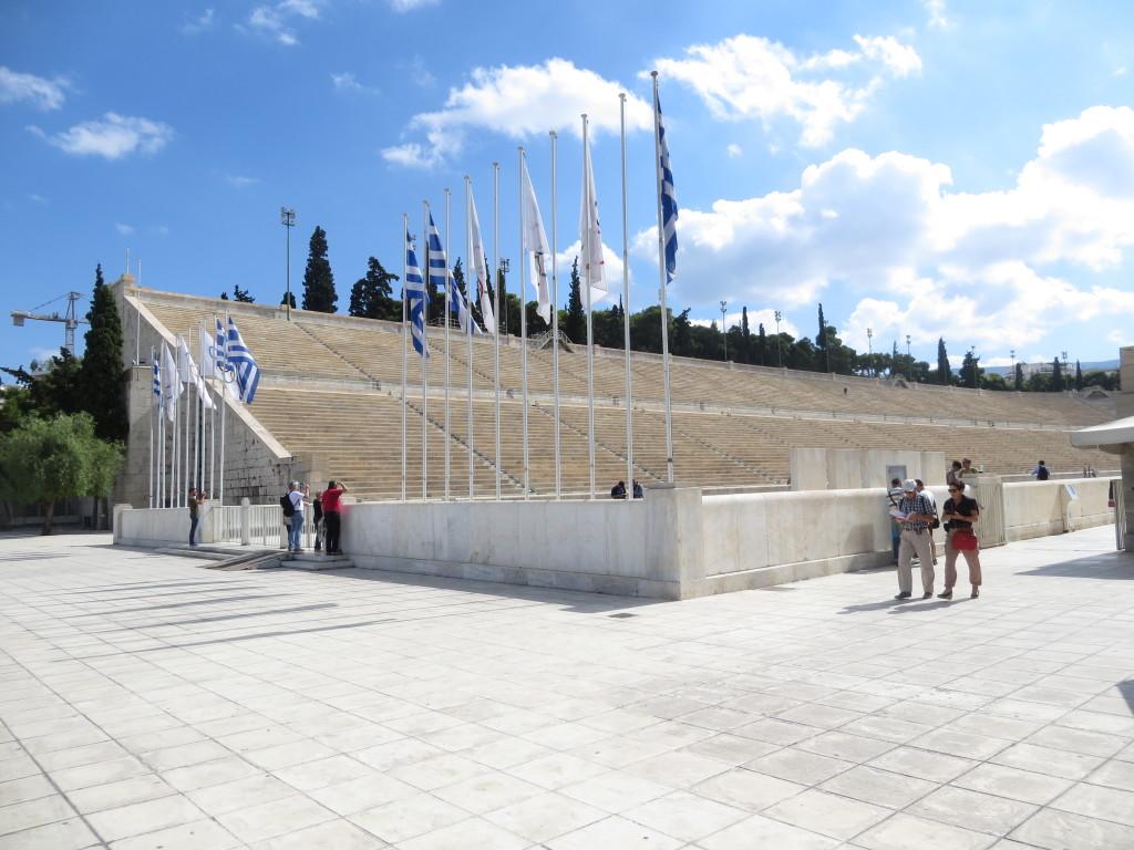 Ateenan stadion jolla myös Suomen Joutsenen pojat kävivät v. 1934.