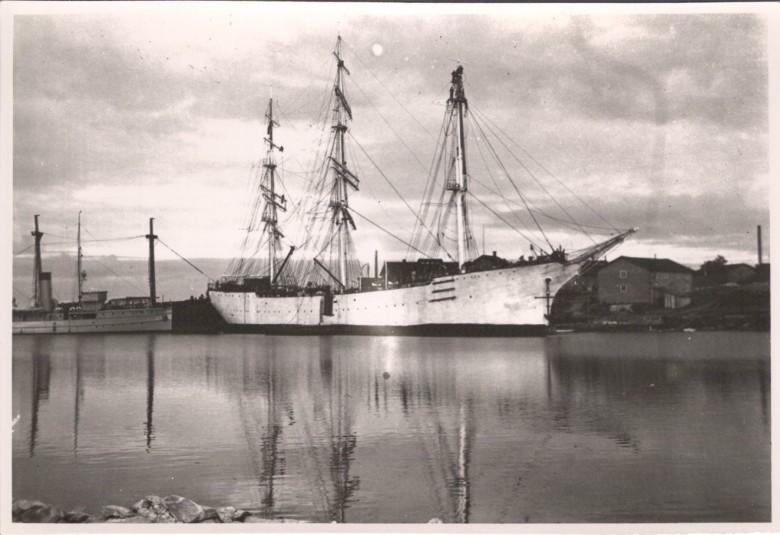 Suomen Joutsen Uudessakaupungissa v. 1931
