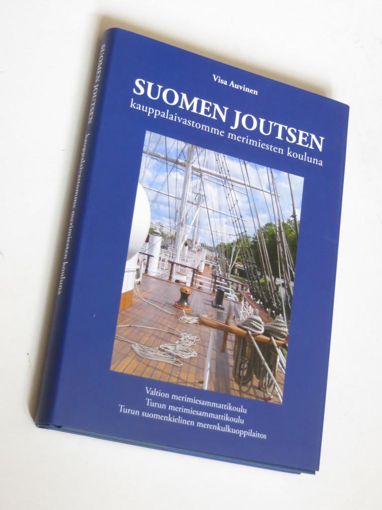 Suomen Joutsen kauppalaivastomme merimiesten kouluna. Julkaistu v. 2008.