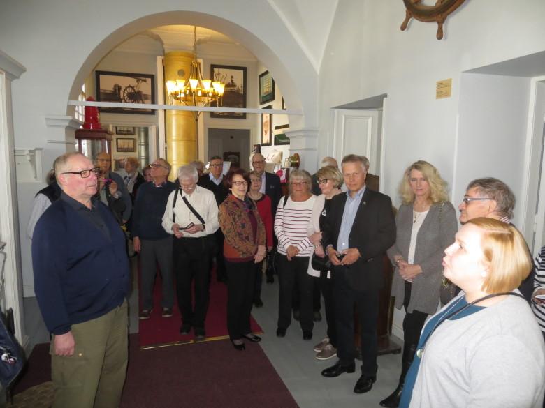 Rauman Merimuseon johtaja Anna Meronen oli oppaanamme museossa.